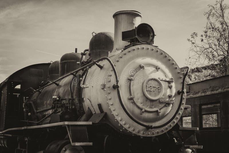Старый поезд в винтажном стиле стоковые фото