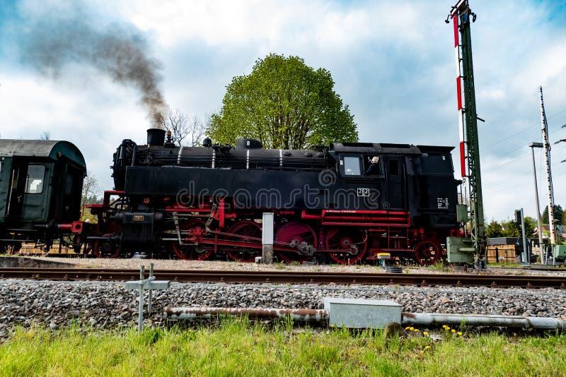 Старый поезд в Германии стоковые изображения
