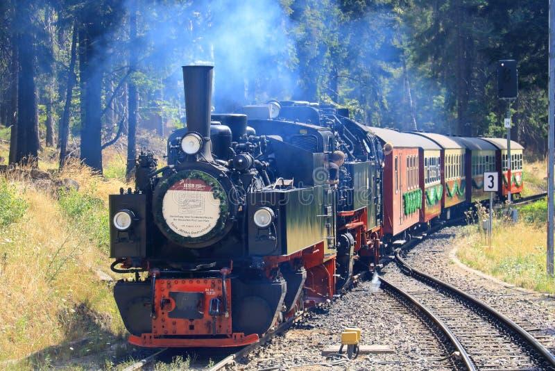 Старый поезд на Brockenbahn в Harz, Германии стоковые изображения
