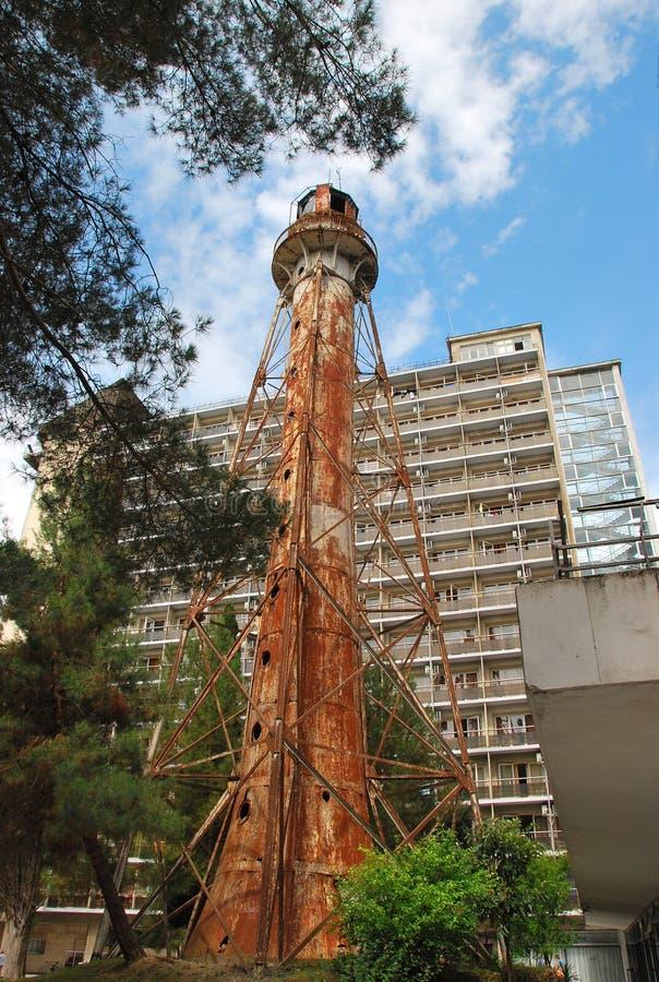 Старый покинутый маяк стоковое изображение