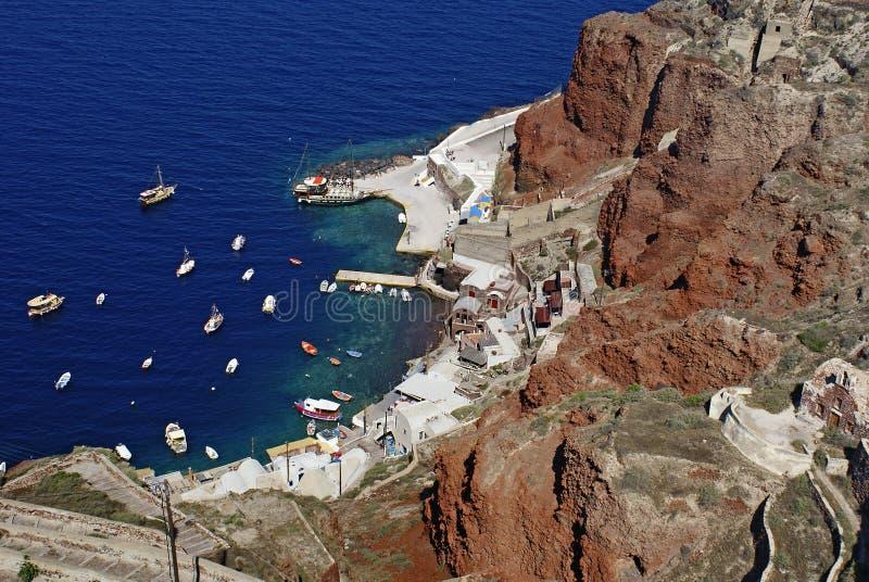 Старый порт деревни Oia на острове Santorini в Эгейском море, Greec стоковые фото