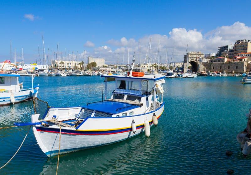 Старый порт ираклиона, Крита, Греции стоковая фотография rf