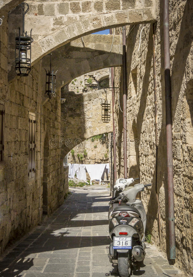 Старый проход, Родос, Греция стоковое фото