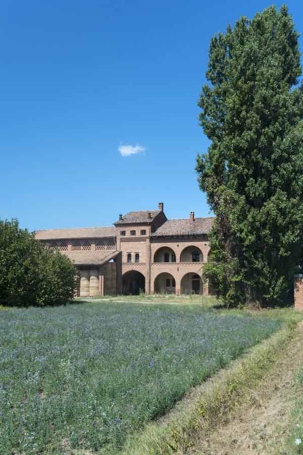 Старый сельский дом около Павии (Италия) стоковое фото