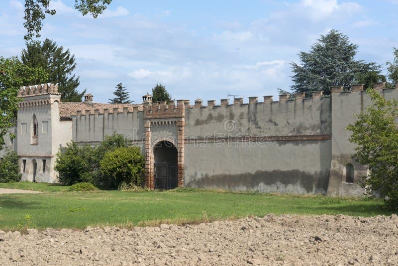 Старый сельский дом около Павии (Италия) стоковые изображения