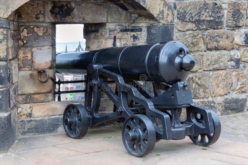 Старый средневековый карамболь на замке Эдинбурга, Шотландии стоковое изображение