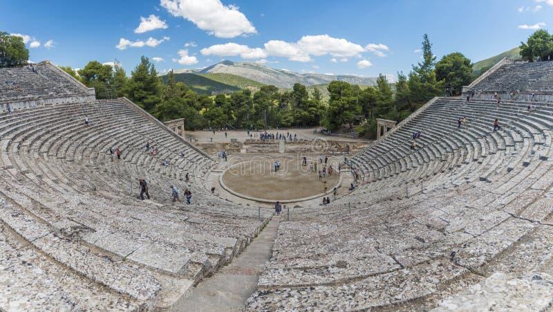 Старый театр Epidaurus стоковая фотография