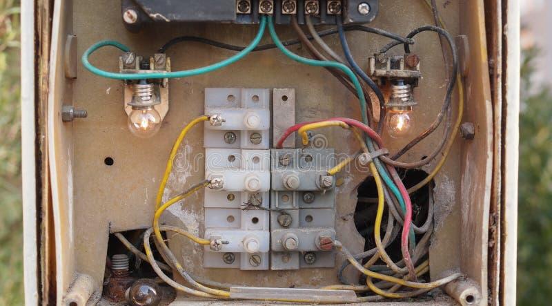 Старый телефон дверного звонка стоковое фото