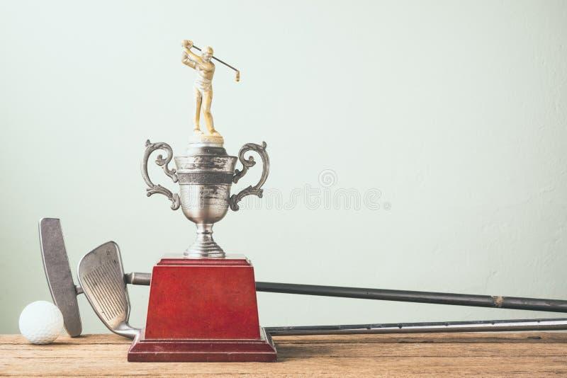 Старый трофей гольфа стоковые фотографии rf