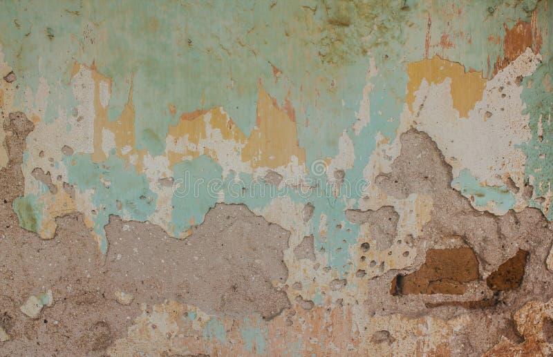Старый цемент и треснутая кирпичной стеной винтажная предпосылка стоковые изображения