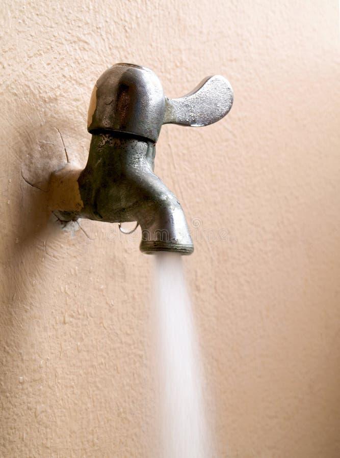 Старый faucet стоковые фотографии rf