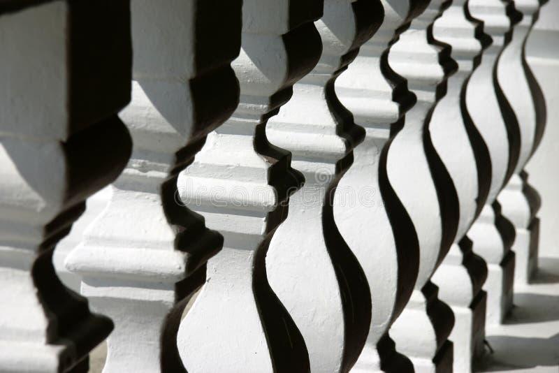 Download старый railing стоковое фото. изображение насчитывающей экстерьер - 485184