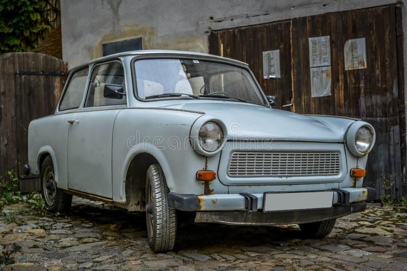 Старый trabant автомобиль стоковые фотографии rf