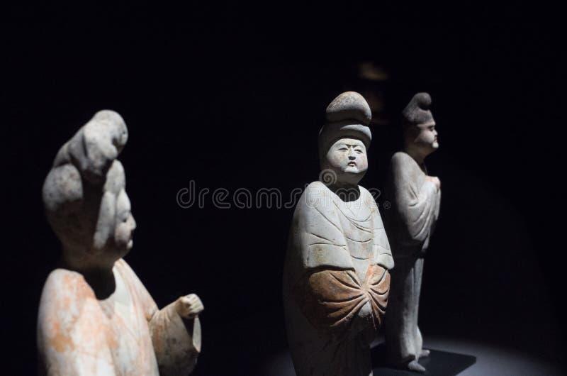Статуи в династии тяни стоковое изображение rf