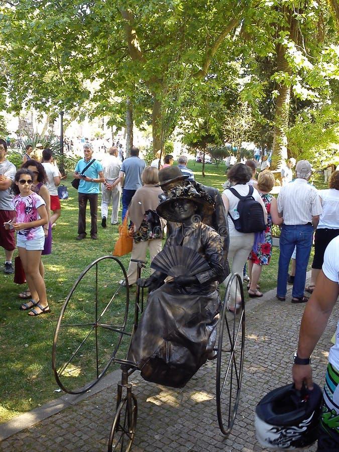 Статуи в реальном маштабе времени в Espinho, Португалии стоковые фото