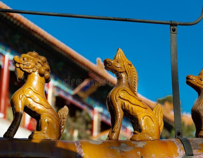 Статуи на королевском летнем дворце стоковое фото