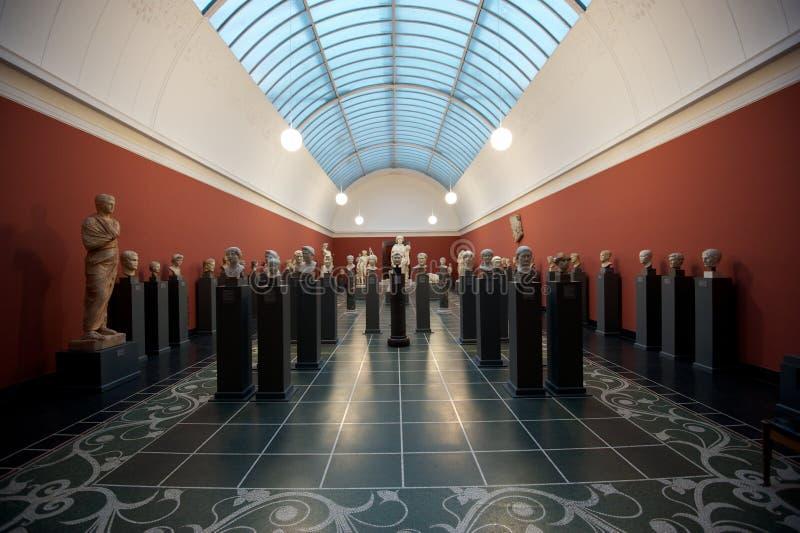Статуи на музее изобразительных искусств стоковое фото rf