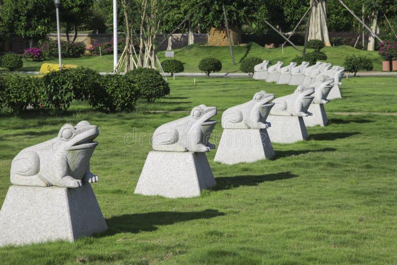 Статуи лягушки стоковые фото