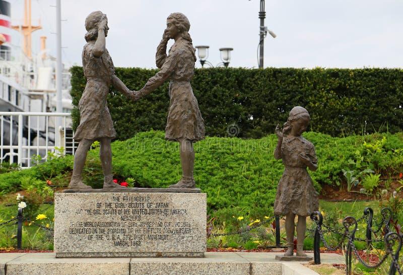 Статуи Япония-США девочка-скаутов приятельства стоковое изображение rf