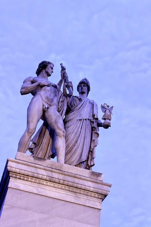 статуи berlin Германии стоковое изображение rf