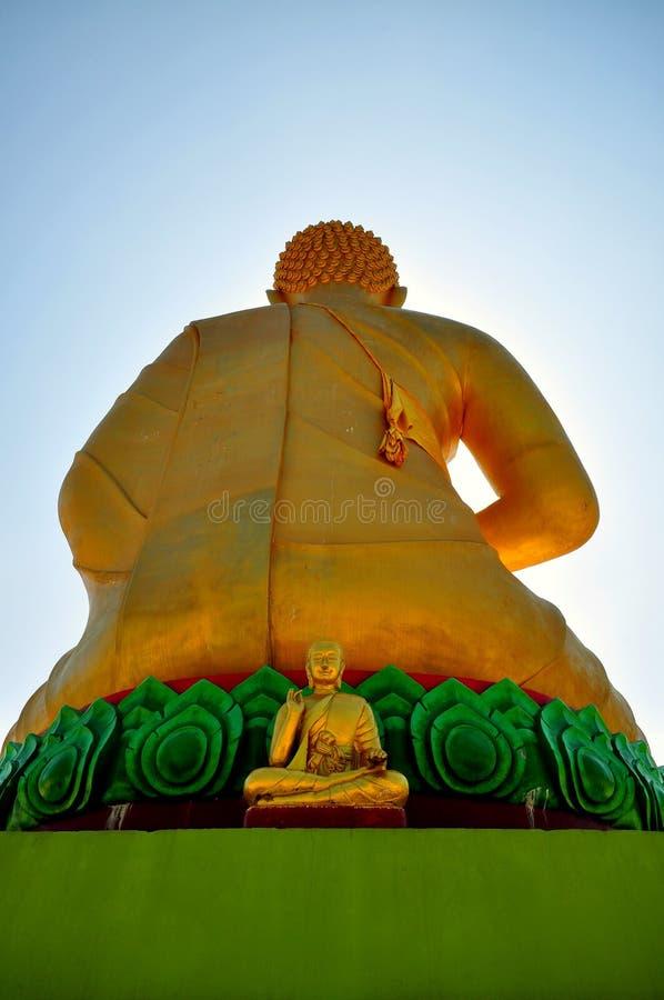 статуя ฺBuddha стоковые изображения rf