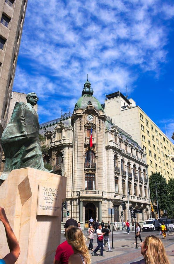 Статуя Альенде - II - Сантьяго - Чили стоковая фотография rf