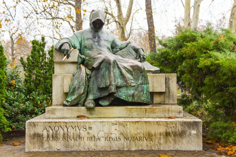 Статуя анонимного в Венгрии, Венгрии стоковая фотография rf