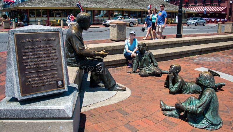 Статуя Алекса Haley в Аннаполисе стоковое фото