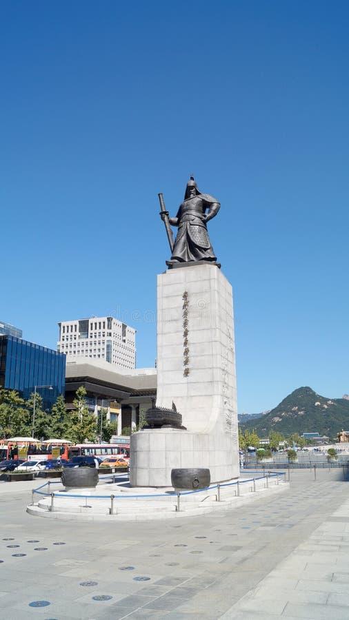 Статуя адмирала Yi Sun Sin Сеул, Южный Корея стоковые изображения rf