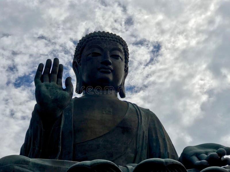 Статуя Будды бронзы Tian Tan стоковое фото rf