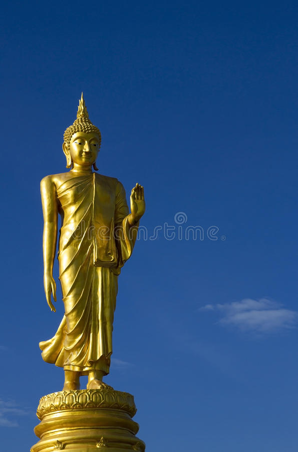 статуя Будды золотистая стоковое фото