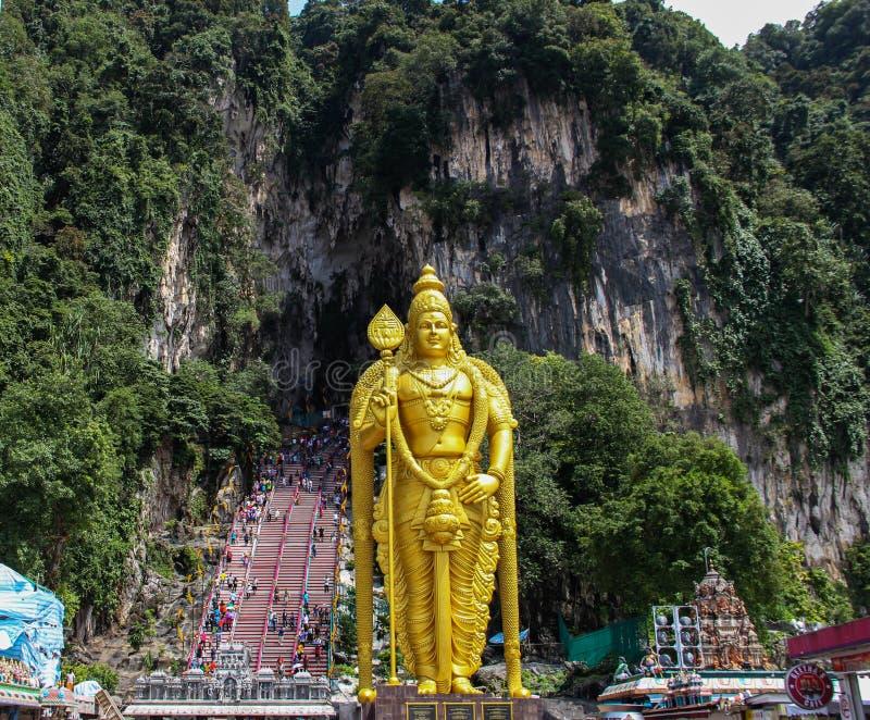 Статуя в пещерах Batu, Куала-Лумпур лорда Murugan стоковая фотография