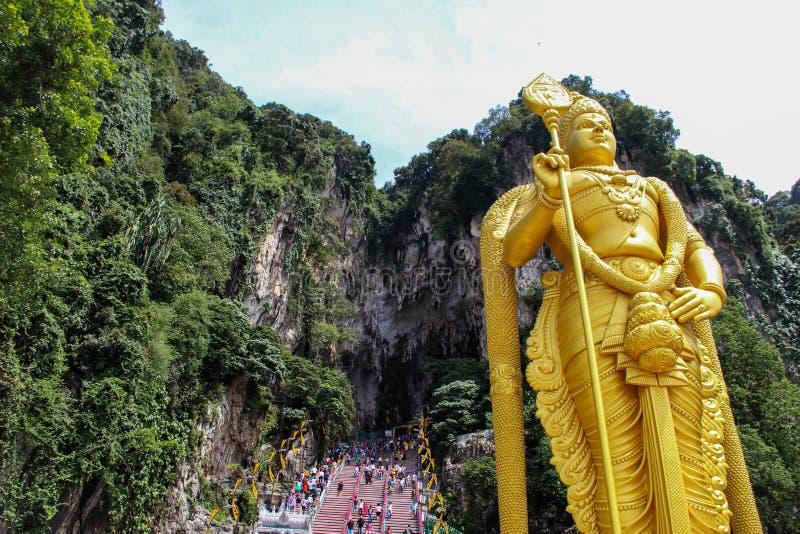 Статуя в пещерах Batu, Куала-Лумпур лорда Murugan стоковые фото