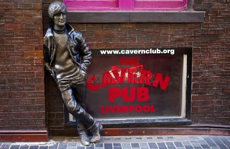 Статуя Джон Леннон в Ливерпуле стоковая фотография rf
