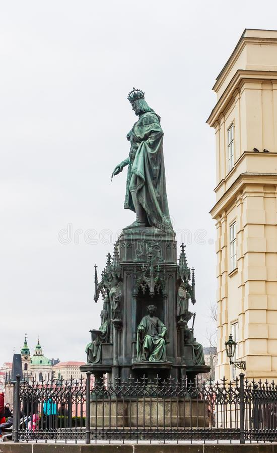 Статуя императора Чарльза IV, святого римского императора и короля o стоковое изображение
