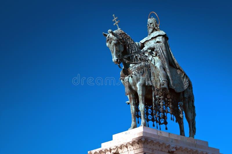 Статуя короля St Stephen в Будапеште, Венгрии стоковое фото rf