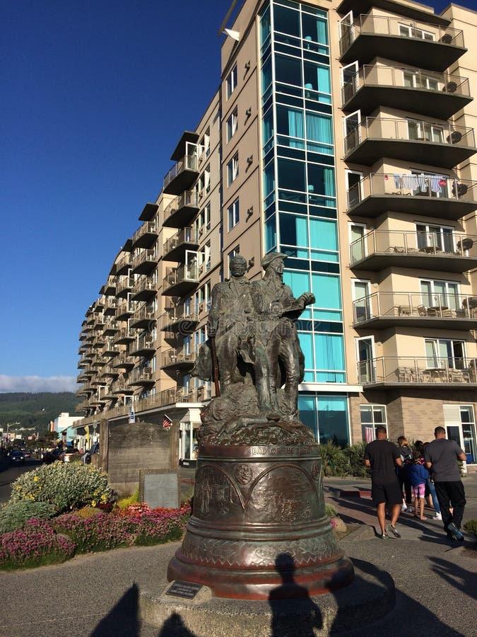 Статуя Луис и Clark в взморье Орегоне стоковые фото
