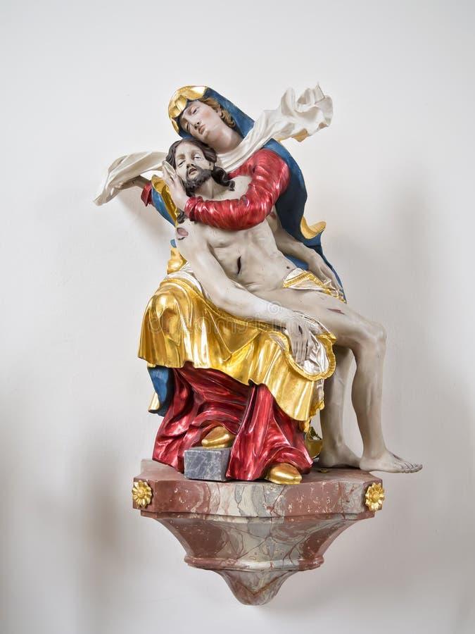 Статуя Марии с Иисусом стоковая фотография rf