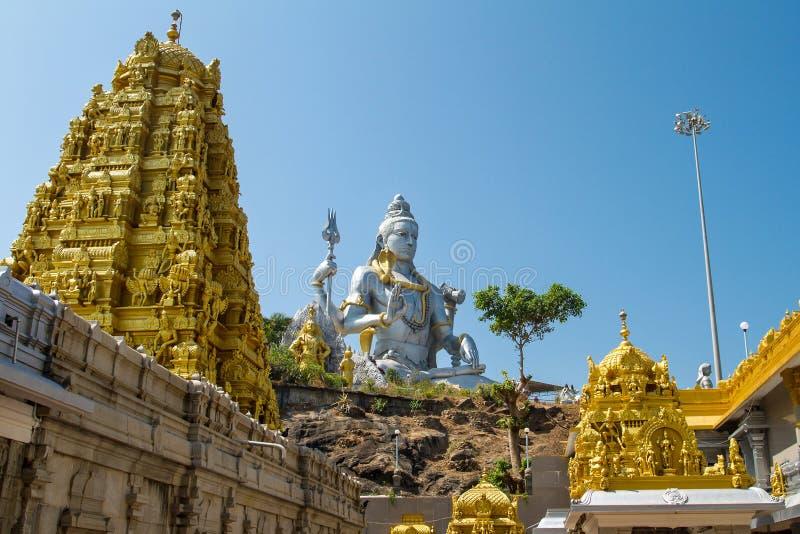 Статуя лорда Shiva в виске Murudeshwar стоковые изображения rf