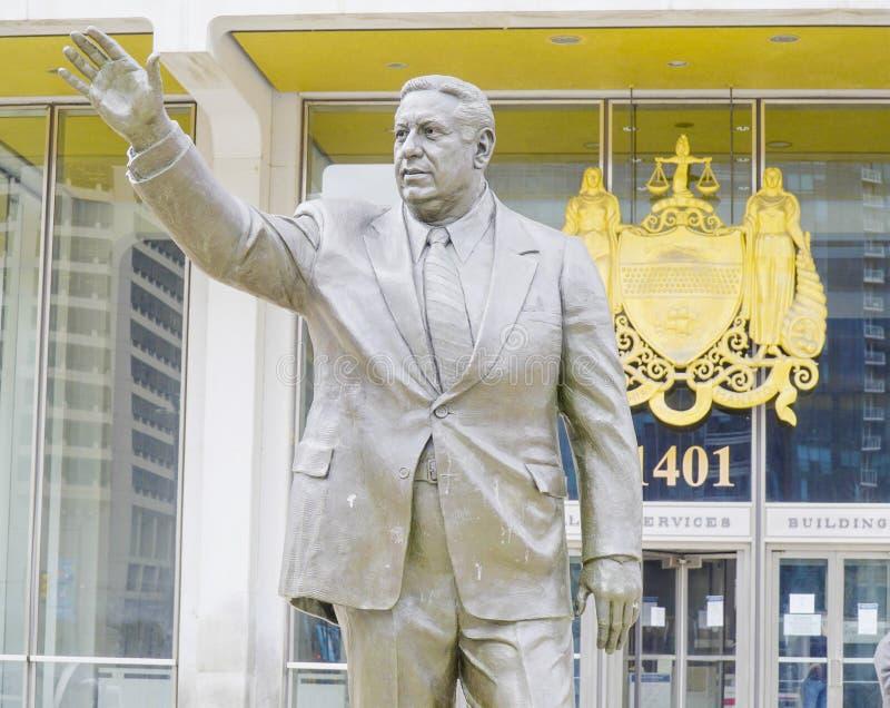 Статуя откровенного мэра Геро-злодейки Rizzo в Филадельфии - ФИЛАДЕЛЬФИИ - ПЕНСИЛЬВАНИИ - 6-ое апреля 2017 стоковое фото