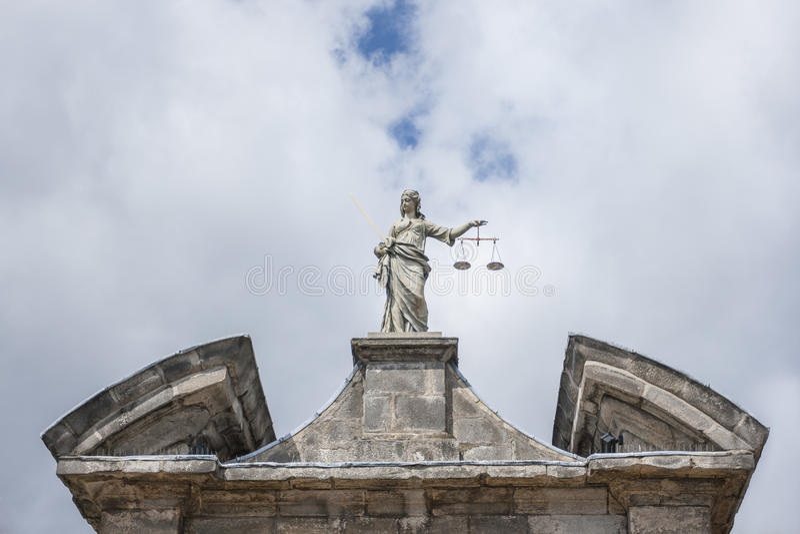 Статуя правосудия в Дублине стоковое изображение rf