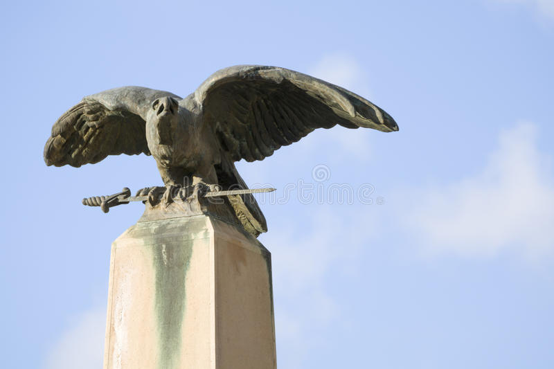 Статуя птицы Turul стоковое фото rf