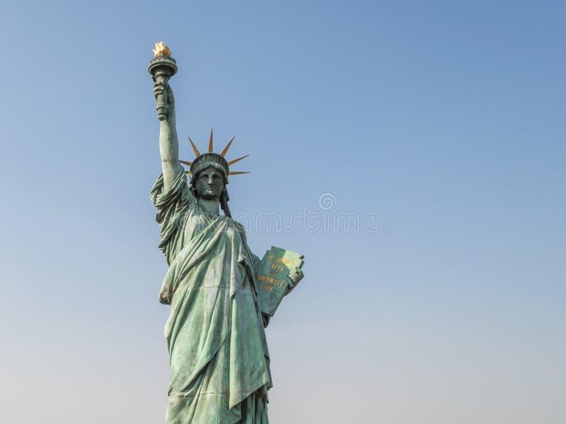Статуя свободы на Odaiba, токио, Японии стоковые фото