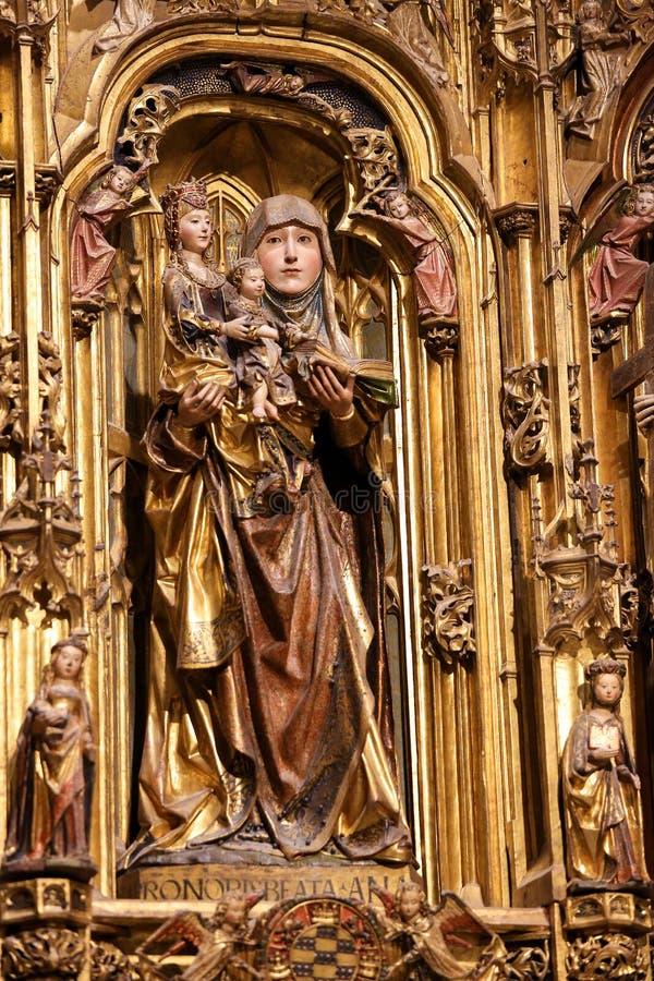 Статуя Святого Анаа в соборе Бургоса, Испании стоковые фотографии rf