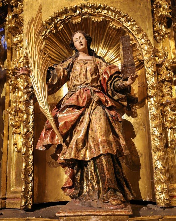 Статуя Святого Барбары в церков Haro, La Rioja, Испании стоковое изображение rf