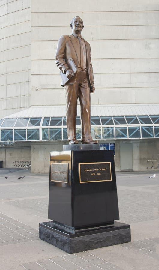 Статуя Тед Rogers стоковые фото