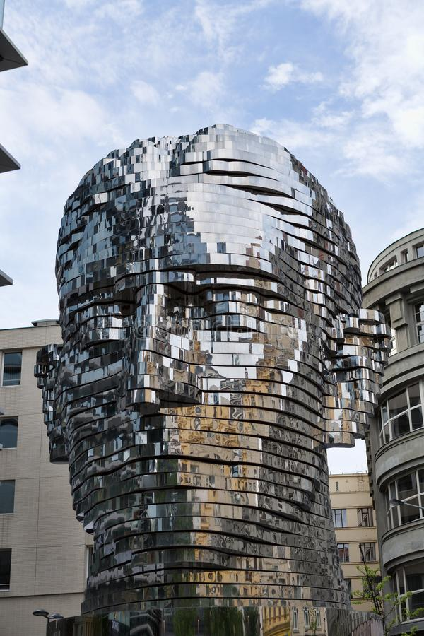 Статуя Франц Кафка, самая последняя работа художником Дэвидом Cerny стоковое изображение