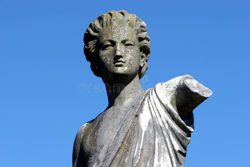 Download статуя стоковое изображение. изображение насчитывающей камень - 86789