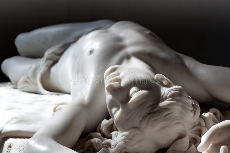 статуя abel мраморная стоковое фото rf