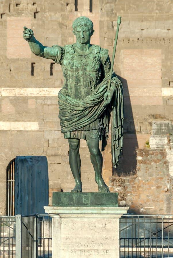 Статуя Augustus i, Рим, Италия стоковые изображения